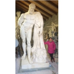 LS 353 Ercole Farnese h. cm. 320