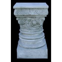LV 26 Capitello romanico h. cm. 50, largh. cm. 29