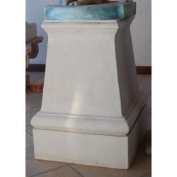 LV 101 Plinto per statue h. cm. 71, largh. cm. 50/39
